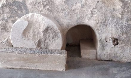 """Empty Tomb and Lock-down 2000 Years Ago: """"While it was Still Dark."""""""