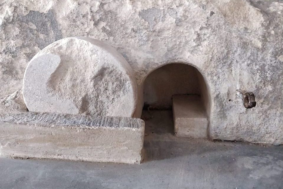 "Empty Tomb and Lock-down 2000 Years Ago: ""While it was Still Dark."""